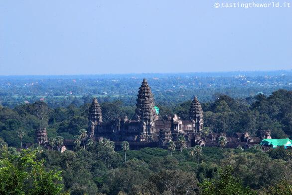Angkor Wat da Phnom Bakheng