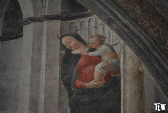 Sant'Eustorgio, la Madonna con le corna