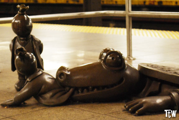 Metropolitana di New York - Life Underground, Tom Otterness
