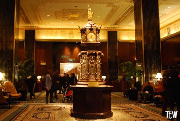 L'orologio dorato del Waldorf Astoria - New York