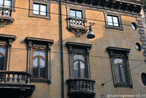 Palazzo Acerbi (Palazzo del Diavolo) - Milano, corso di Porta Romana