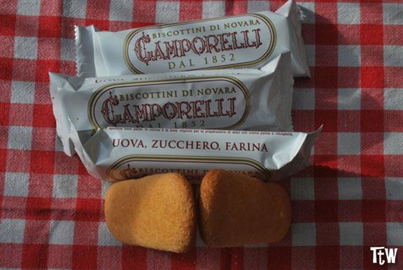 Cosa mangiare a Novara - biscottini di Novara (Camporelli)