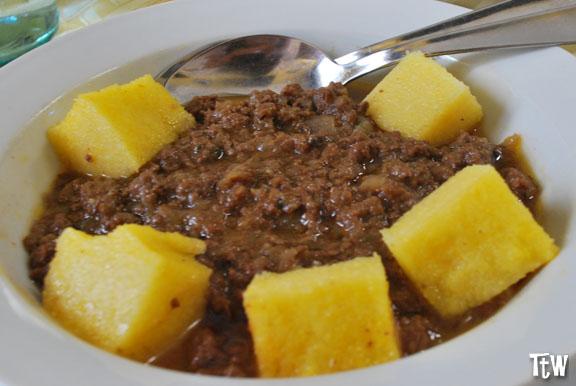 Cosa mangiare a Novara: tapulon