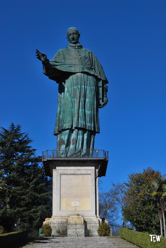 Arona - statua del Sancarlone
