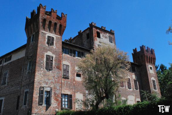 Nibbiola (Novara): il castello