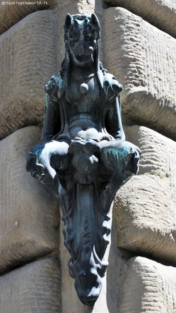 Diavolo del Giambologna, Palazzo Vecchietti Firenze