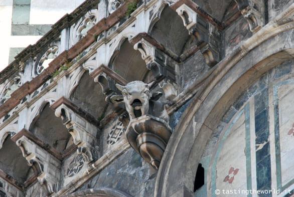 Il toro cornuto, Duomo di Firenze