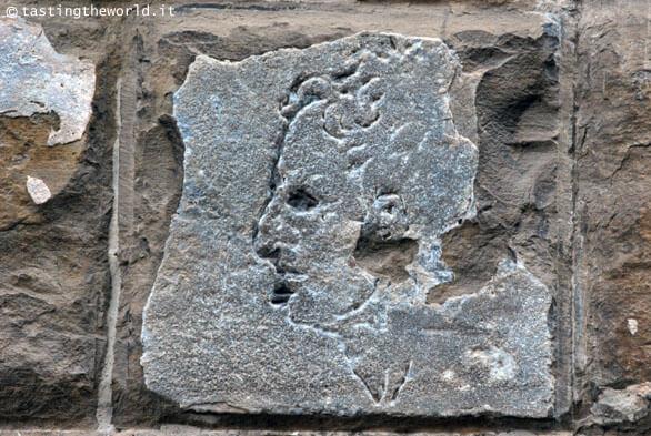 Il volto scolpito da Michelangelo a Palazzo Vecchio, Firenze