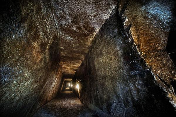 Tunnel Borbonico Napoli