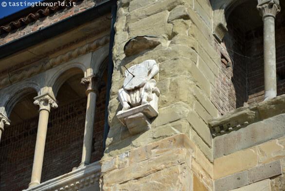 Duomo di Piacenza, un particolare