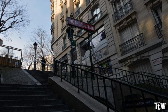 La stazione della metro di Lamarck-Caulaincourt, Montmartre (Parigi)
