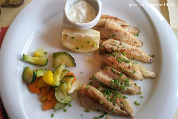 Filetti di pesce persico alla mugnaia - Cosa mangiare a Losanna