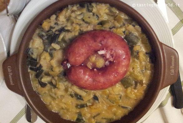 Papet Vaudois, Saucisson Vaudois - Cosa mangiare a Losanna