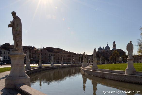 Prato della Valle e Santa Giustina - Padova