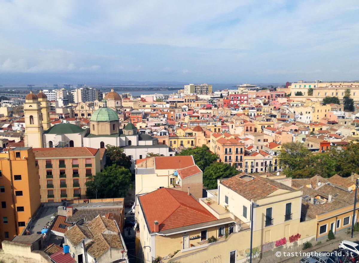 Vista di Cagliari dal quartiere Castello