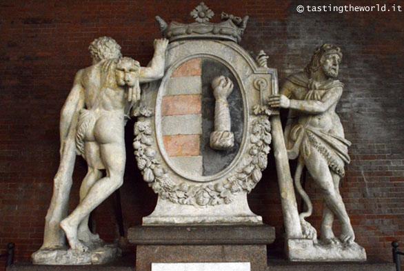 Emblema di Cremona, Loggia dei Militi (Cremona)
