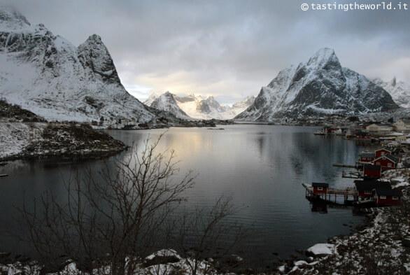 Reine in inverno (isole Lofoten)