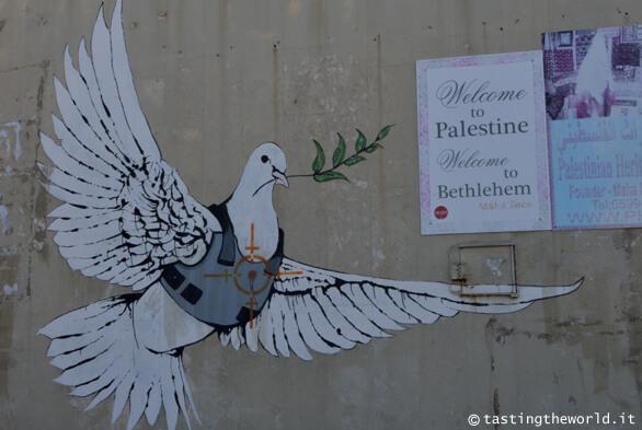 Betlemme, murales di Banksy