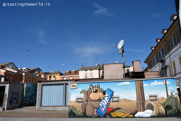 Murales di piazza Boves a Cuneo