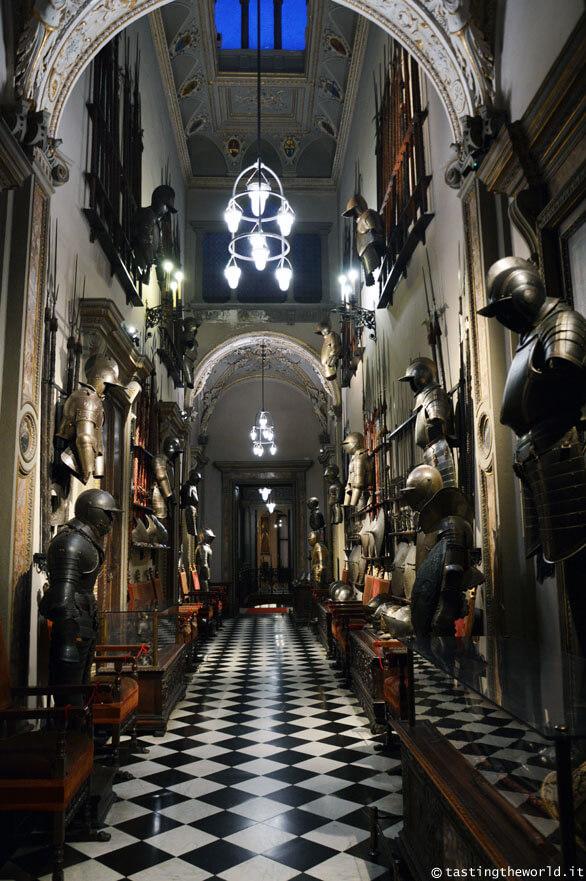 Museo Bagatti Valsecchi a Milano, Galleria delle Armi