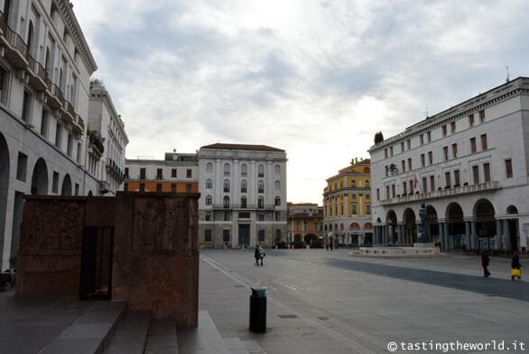 Piazza della Vittoria, Brescia