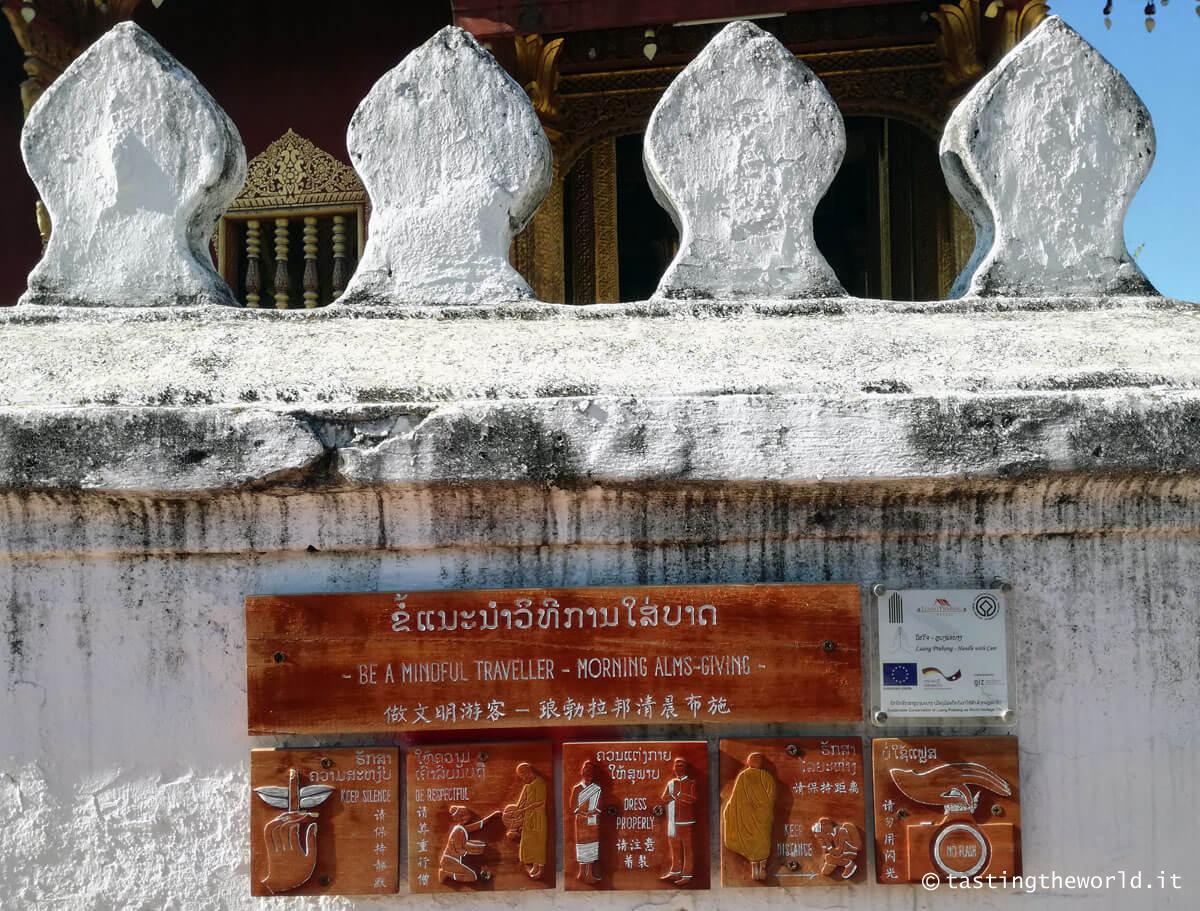 Istruzioni per il tak bath, Luang Prabang
