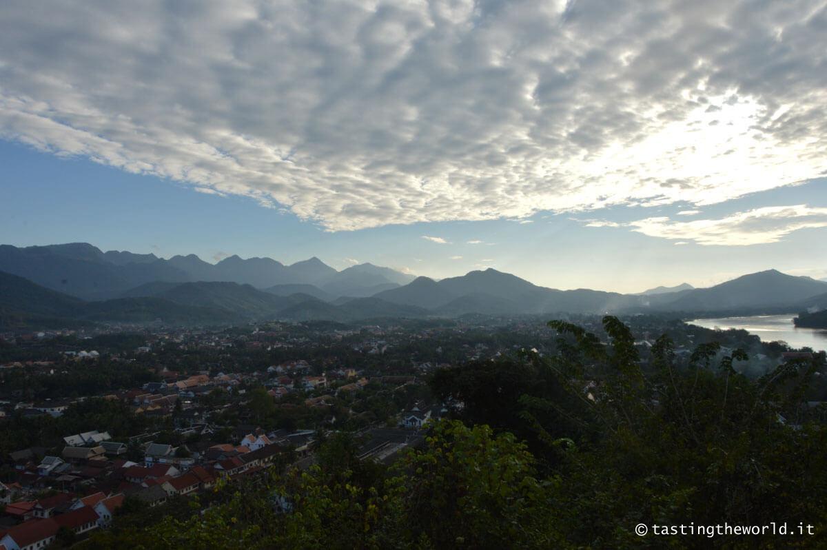 Vista di Luang Prabang da Phu Si