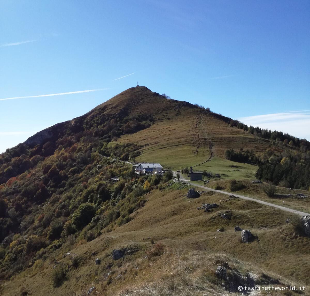 Monte Cornizzolo vetta e rifugio Marisa Consiglieri