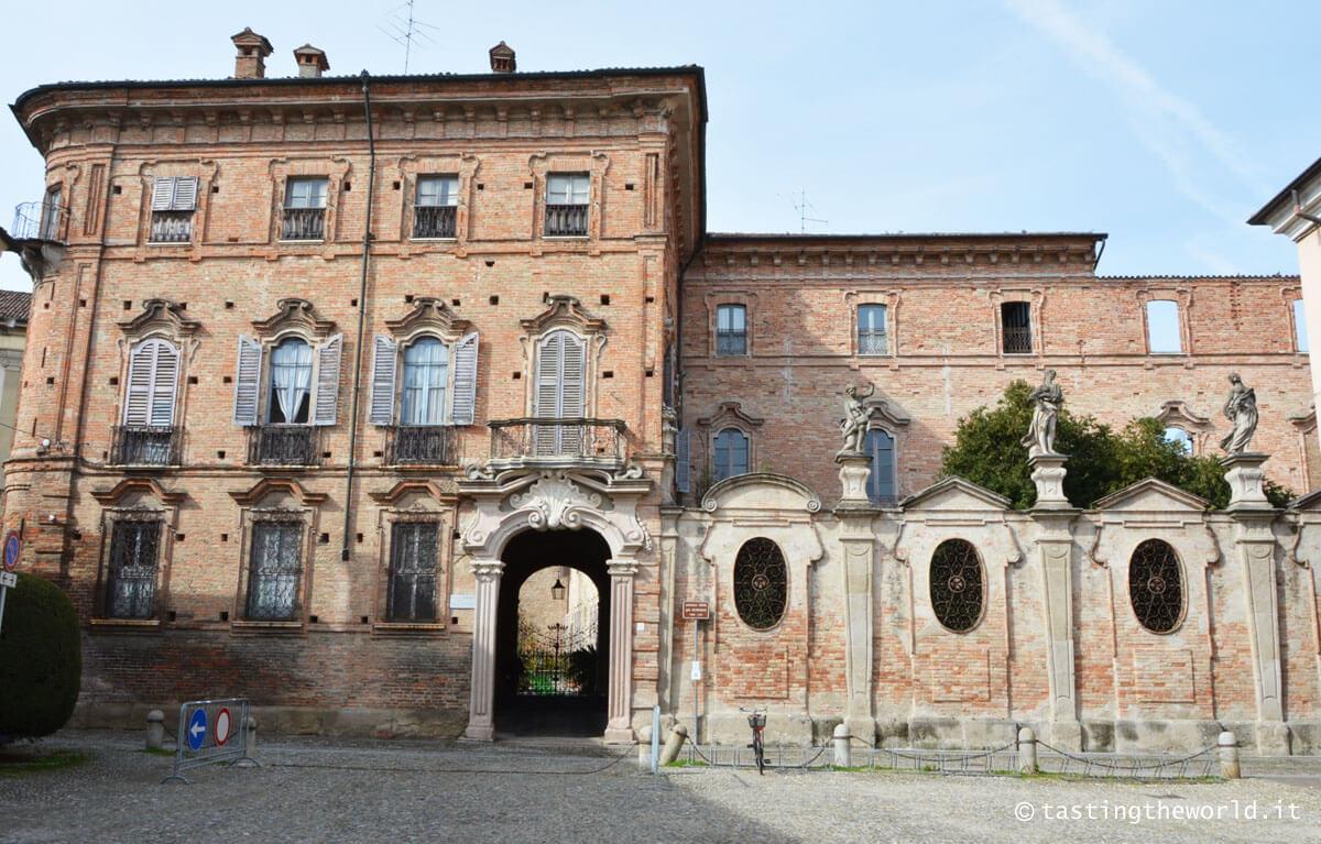 Palazzo Bondenti Terni De Gegory, Crema