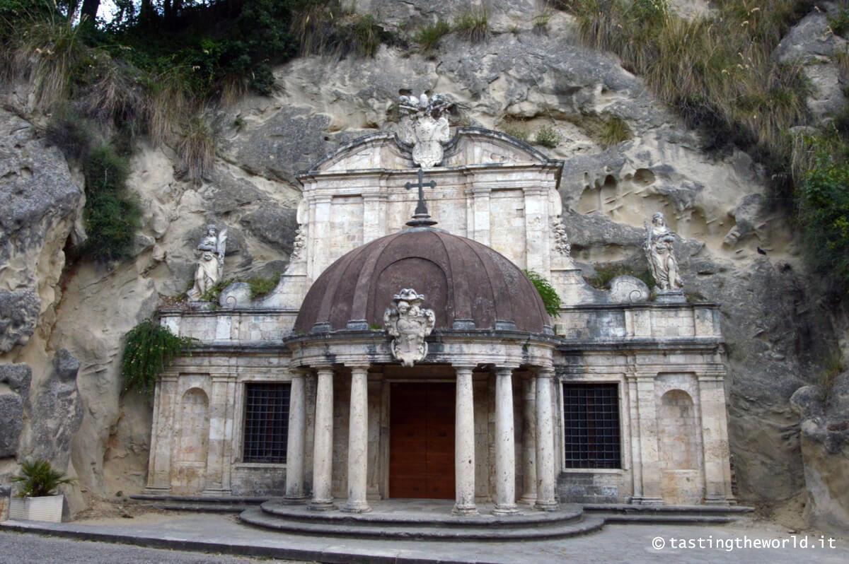 Tempietto di Sant'Emidio alle Grotte, Ascoli Piceno