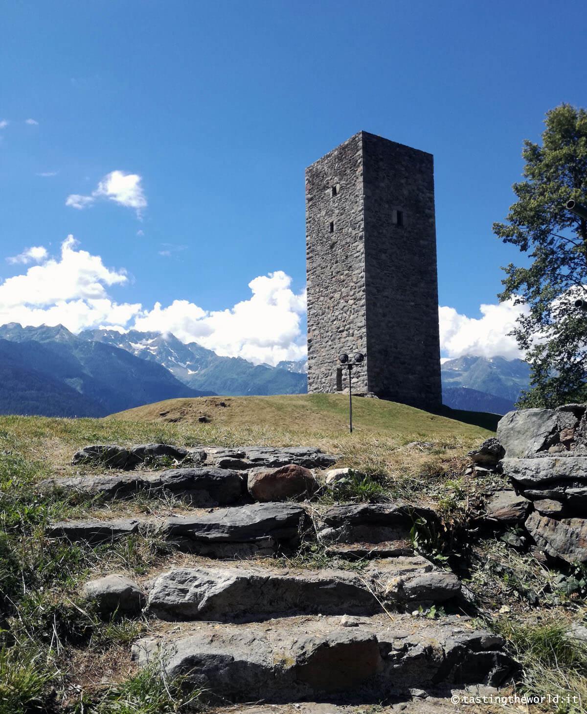 """Torre """"de li beli miri"""", Teglio"""
